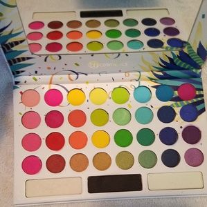 BH Cosmetics Back to Brazil Palette